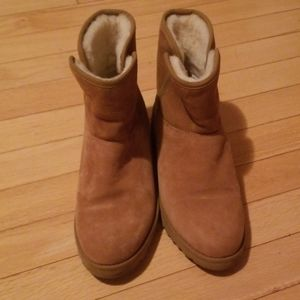 UGG wedge short boots